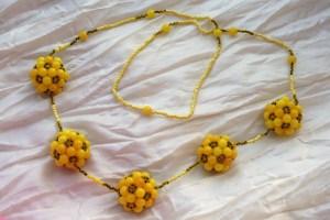Sárga gömbös hosszú nyaklánc
